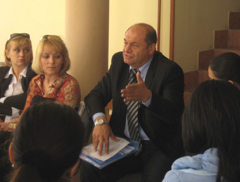 Заседание секции «Билингвизм и полилингвизм в условиях глобализации» (председатель – М.Н. Есакова)